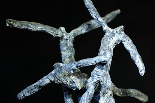 Le pas de trois sculpture de Philippe Doberset
