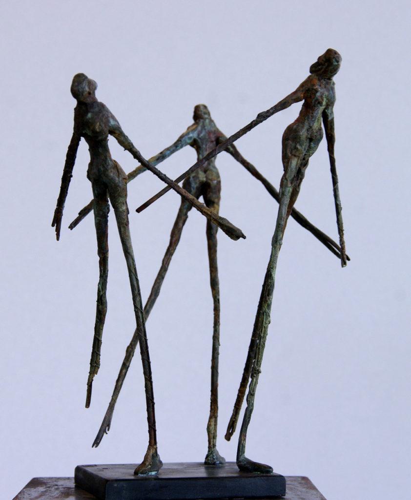 les trois graces sclpture en bronze de Philippe Doberset