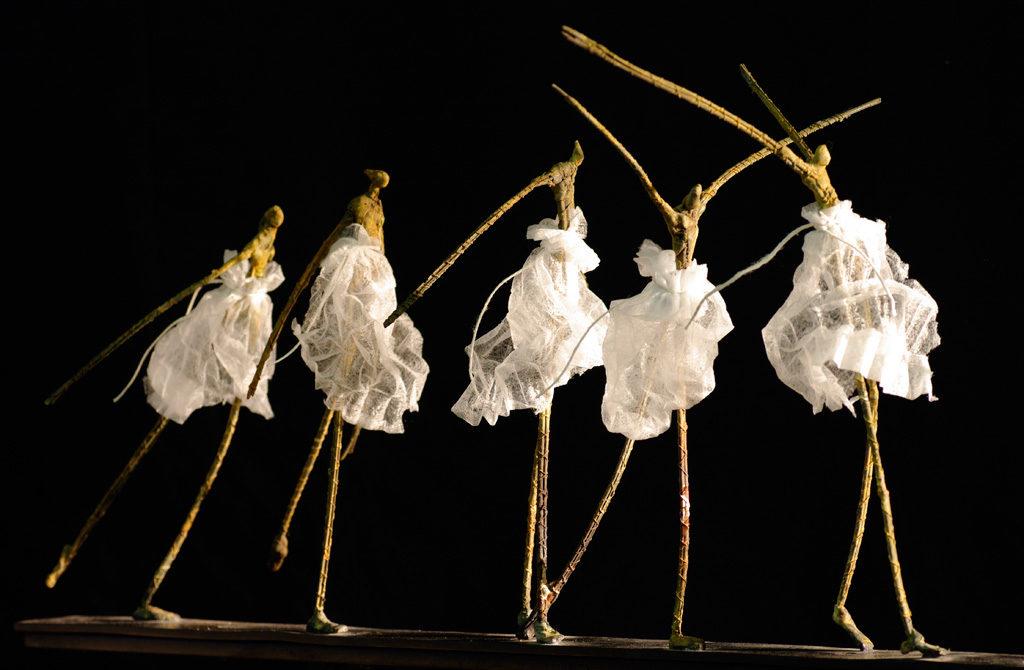 Cinq danseuses sculpture en bronze de Philippe Doberset